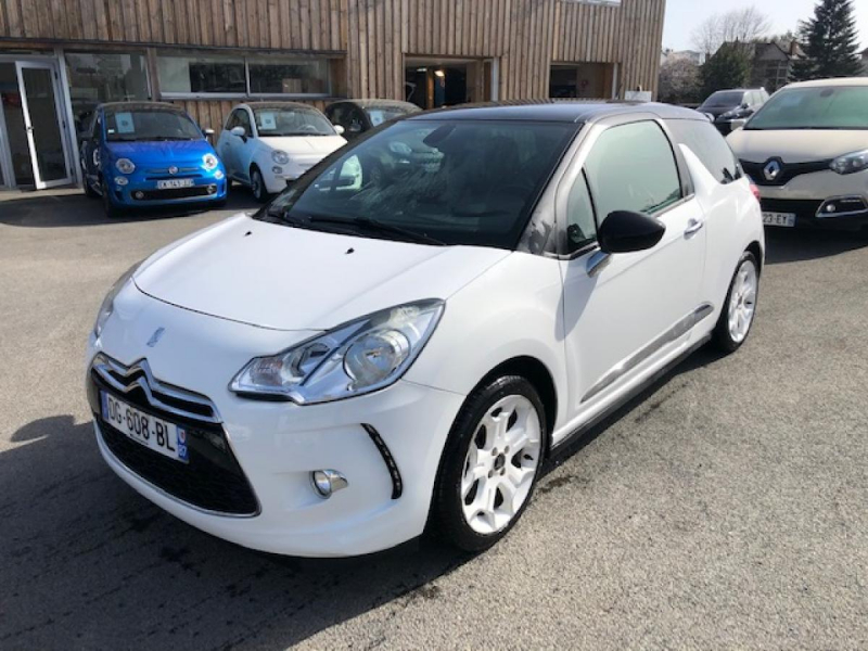 Ds DS3  1.6 THP 16V - 150  BERLINE SPORT CHIC  Essence BLANC Occasion à vendre